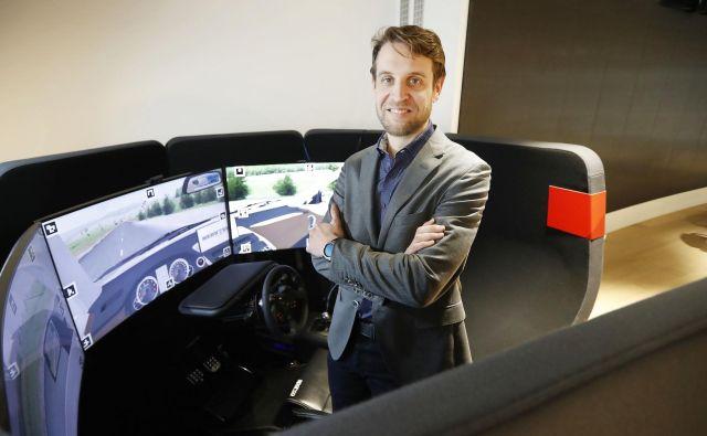 Dr. Jaka Sodnik: »Pri Cadillacu so rekli, da avtonomnih vozil ne bodo imeli, ker gre pri njihovi znamki za to, da ljudje uživajo v vožnji.« FOTO: Leon Vidic