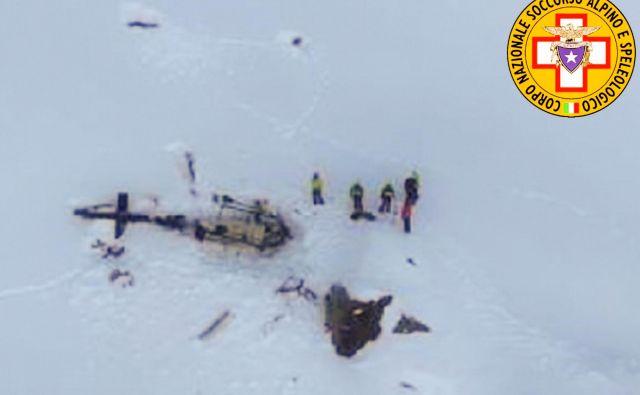 Na prizorišče nesreče so odhiteli tudi reševalci. FOTO: AFP
