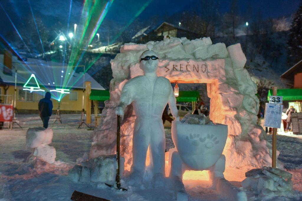 FOTO:Snežno kraljestvo na ogled do odjuge (FOTO)