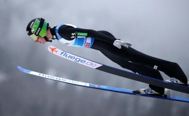 Timi Zajc v zraku. FOTO: Reuters