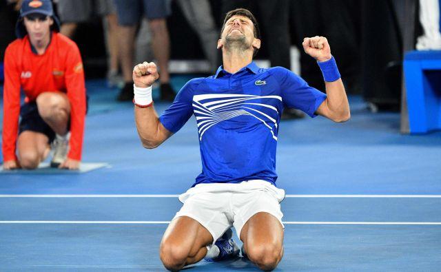 Novak Đoković si je konkurenco v Melbournu pokoril že sedmič. FOTO: Saeed Khan/AFP