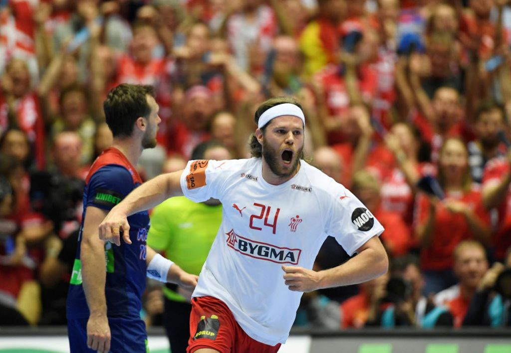 Danci prepričljivo postali svetovni prvaki, Hansen MVP