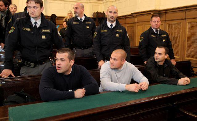 Obsodilno sodbo za Anesa Selmana (na fotografiji desno) je razveljavilo naše ustavno sodišče. FOTO: Dejan Javornik