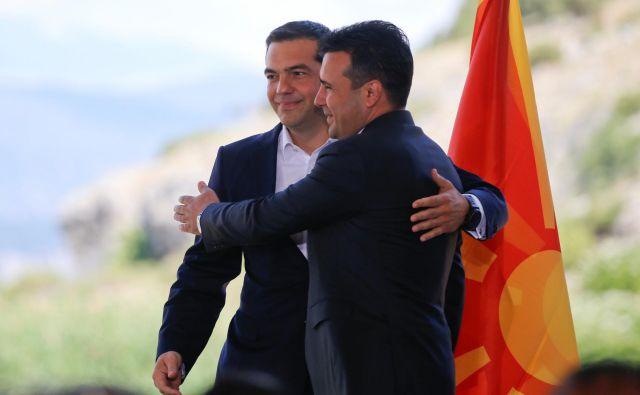 Nominacija Aleksisa Ciprasa (levo) in Zorana Zaeva za Nobelovo nagrado za mir bi lahko dobila široko podporo evropskih politikov. FOTO: Alkis Konstantinidis/Reuters