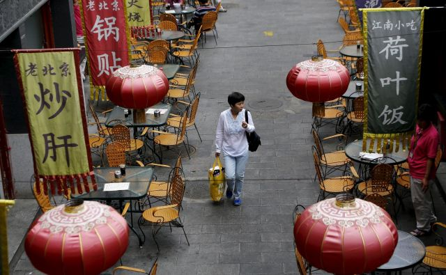 Na Kitajskem se moški upokojijo že pri 55 in ženske pri 50 letih. FOTO: Reuters