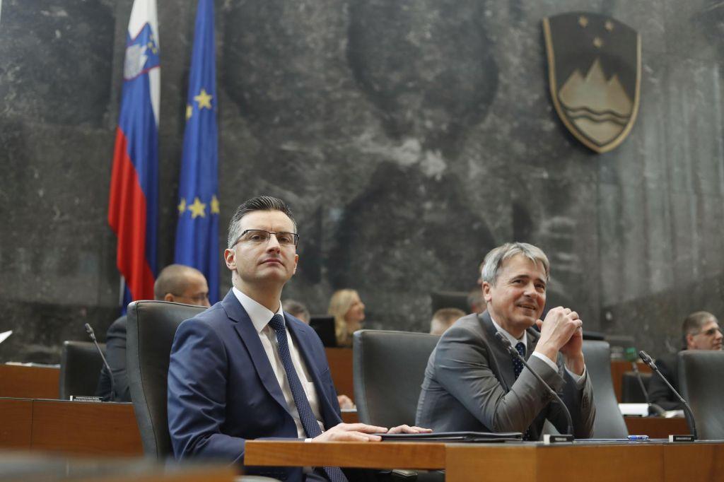 FOTO:Proti ustavni obtožbi Marjana Šarca glasovalo 53 poslancev
