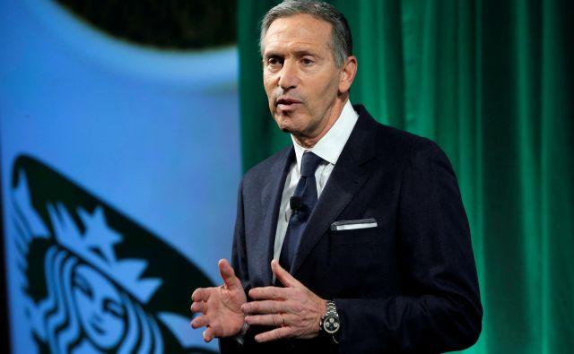 Nekdanji šef verige Starbucks Howard Schultz je z najavo morebitne predsedniške kandidature razburkal ameriške politilčne vode. FOTO: Reuters