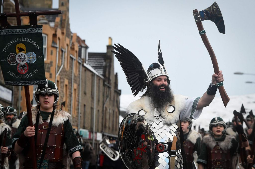 FOTO:Čaščenje Vikingov