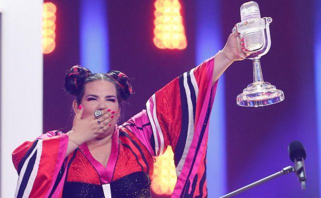 Pevka Netta je na lanskem izboru v Lizboni izraelski javni televiziji prinesla čast in dolžnost, da organizira in gosti Pesem Evrovizije. FotoPedro Nunes/Reuters<br />