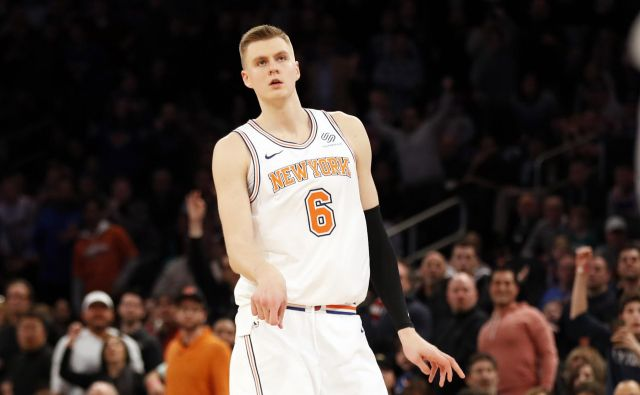 Kristaps Porzingis bo oblekel dres Dallasa. FOTO: Adam Hunger - USA Today Sports via Reuters