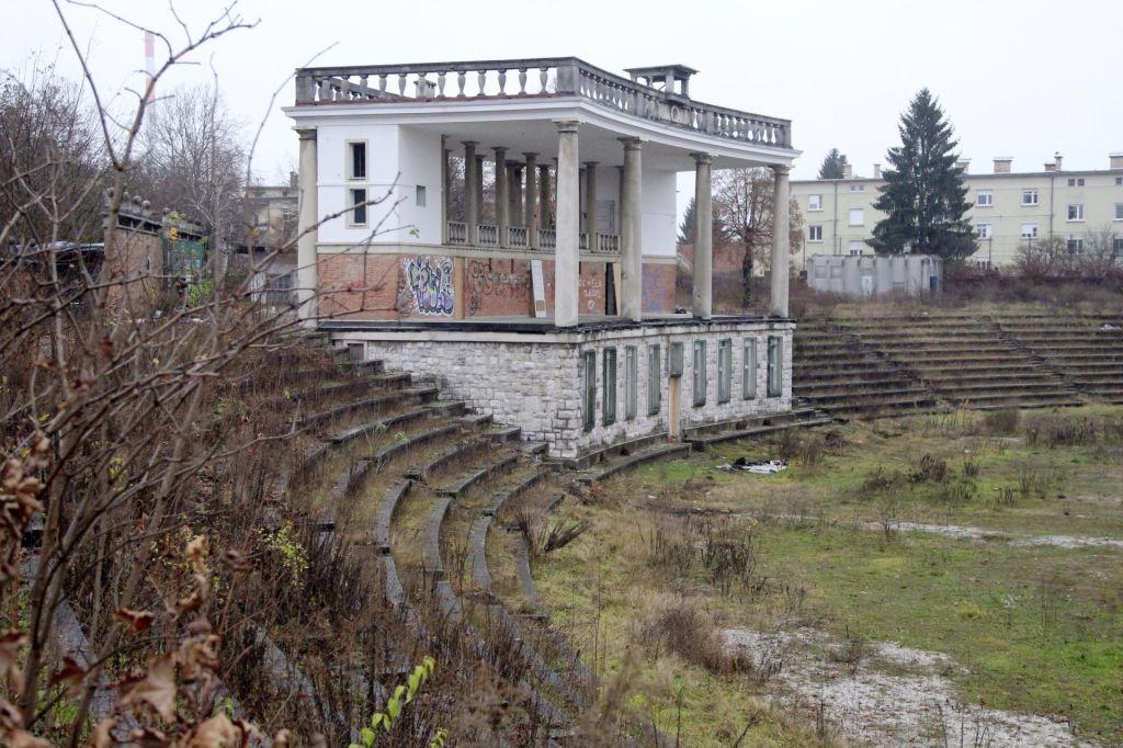 Ustavite propadanje Plečnikovega stadiona!