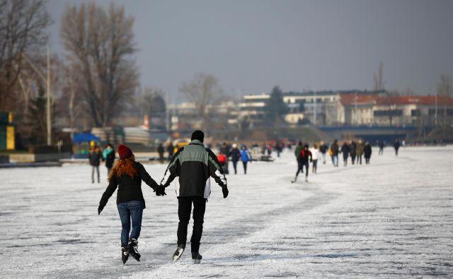 Od 1,88 milijona prebivalcev avstrijskega glavnega mesta jih ima 73 odstotkov avstrijsko državljanstvo, sledijo priseljenci s srbskimi potnimi listi.Foto: Reuters