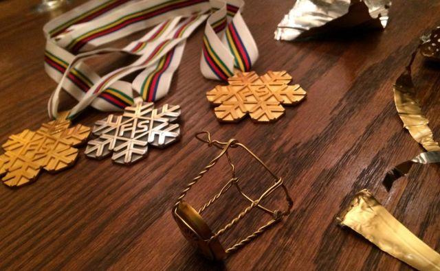 Na svetovnem prvenstvu šteje le kolajna. Tina Maze jih je kot najuspešnejša slovenska alpska smučarka osvojila devet, med njimi so štiri zlate. FOTO: Matej Družnik/Delo