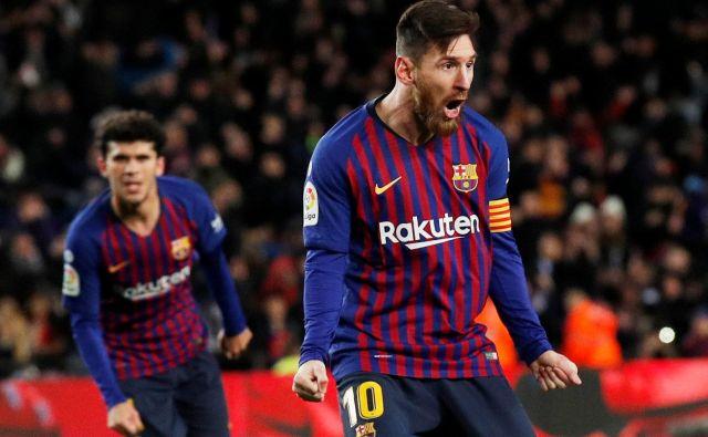 Lionel Messi trese mreže kot za stavo, toda nazadnje je to zadostovalo le za točko Barcelone v domači tekmi z Valencio. FOTO: Reuters