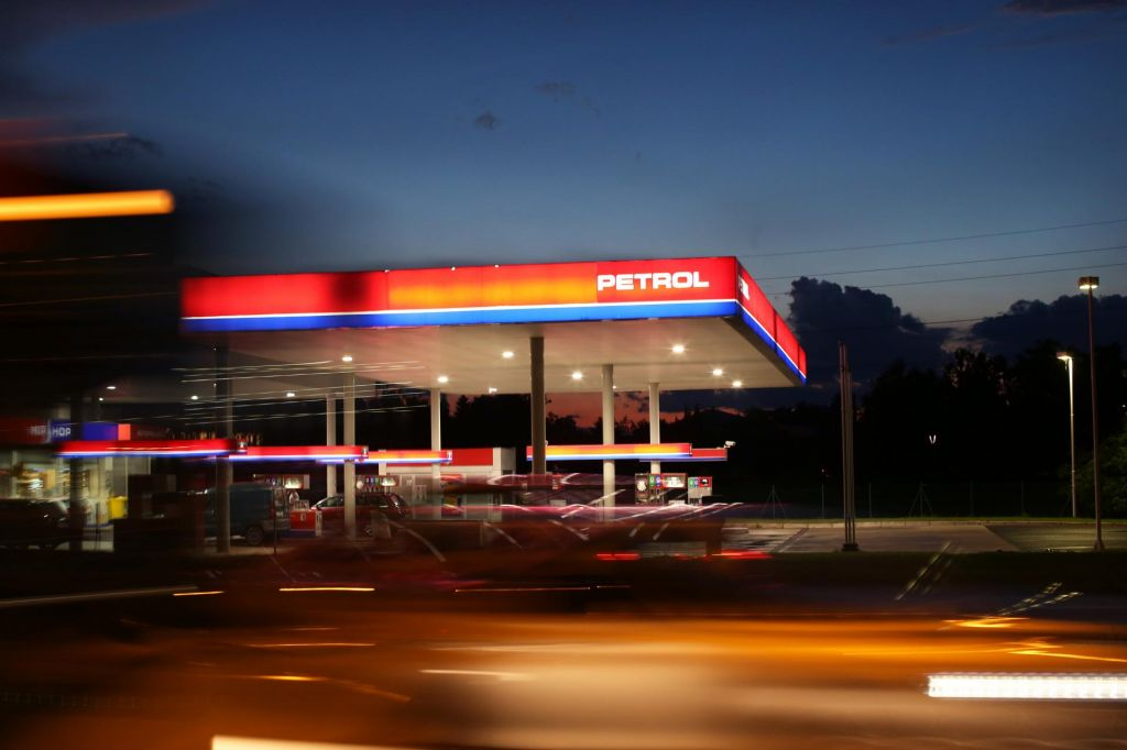Poziv zaposlenim na bencinskih servisih