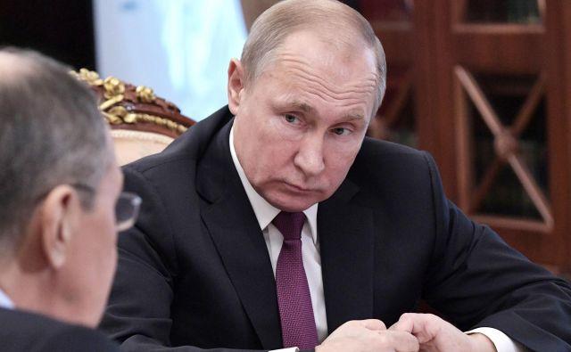 Ruski predsednik Vladimir Putin je danes sporočil, da Rusija prekinja sodelovanje v sporazumu.Photo: Reuters