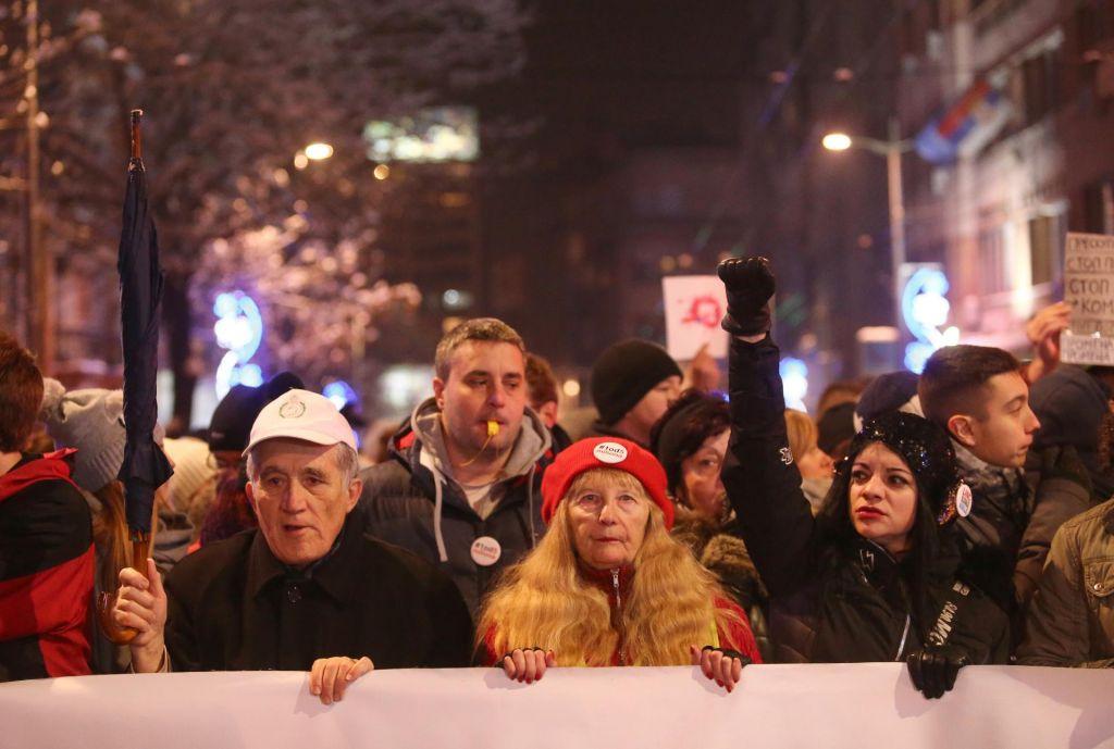 »Črna diagnoza« srbske politike in družbe