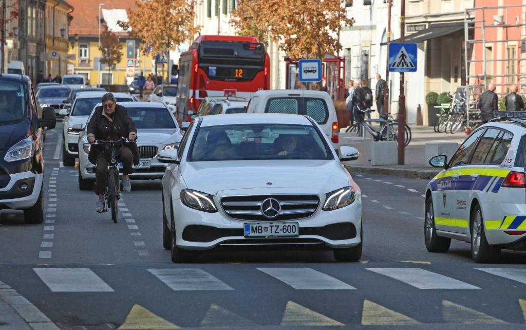 FOTO:Starejši vozniki: previdni ali nepredvidljivi?