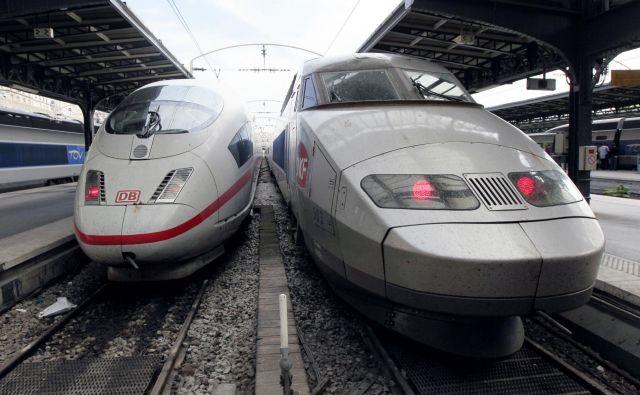 Evropska komisija je prepričana, da bi združitev proizvajalcev hitrih vlakov TGV (Alstom) in ICE (Siemens) onemogočala konkurenco na notranjem trgu. FOTO: Jacques Demarthon/AFP