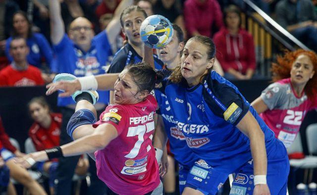 Olga Perederij bo odigrala prvo tekmo kot diplomirana farmacevtka. FOTO: Blaž Samec