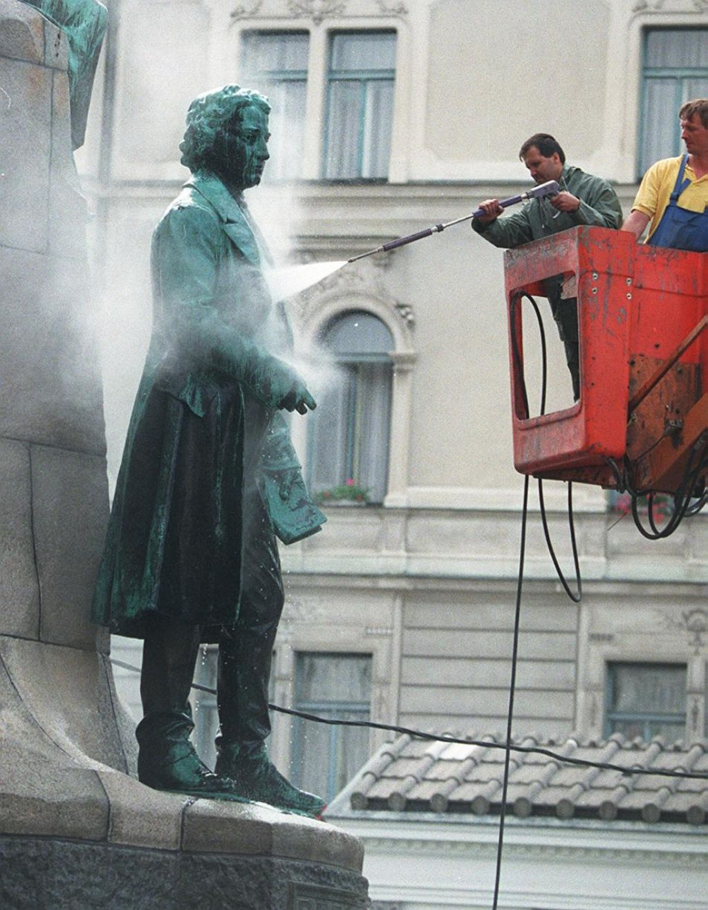 Prešernov spomenik je plod politične akcije