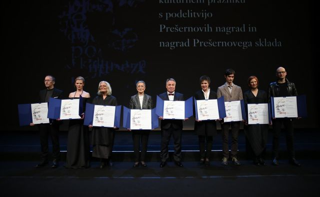 Nocoj je bil njihov večer: letošnji Prešernovi nagrajenci. FOTO: Jože Suhadolnik/Delo