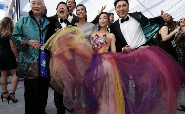 Gospodinjstvo je podjetje, kjer se mora ustvarjati dobiček.Na fotografiji prizor iz filma Noro bogati Azijci. Foto: Reuters