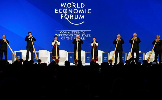 Veliki imajo potencial, s katerim lahko pokrijejo vrzel v javnih financah; lahko narekujejo pravila igre in prisilijo manj močne, da njihov dolg enostavno financirajo. Foto: Reuters