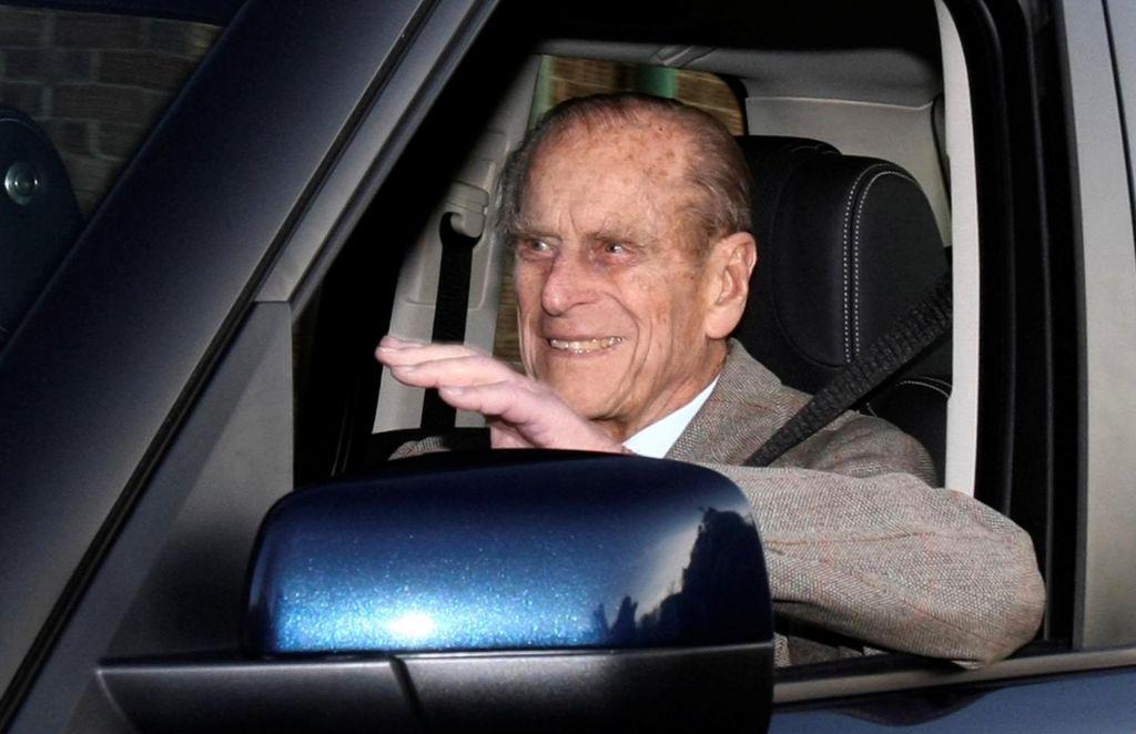 Pri 97 mu je dovolj – vrnil bo vozniško dovoljenje