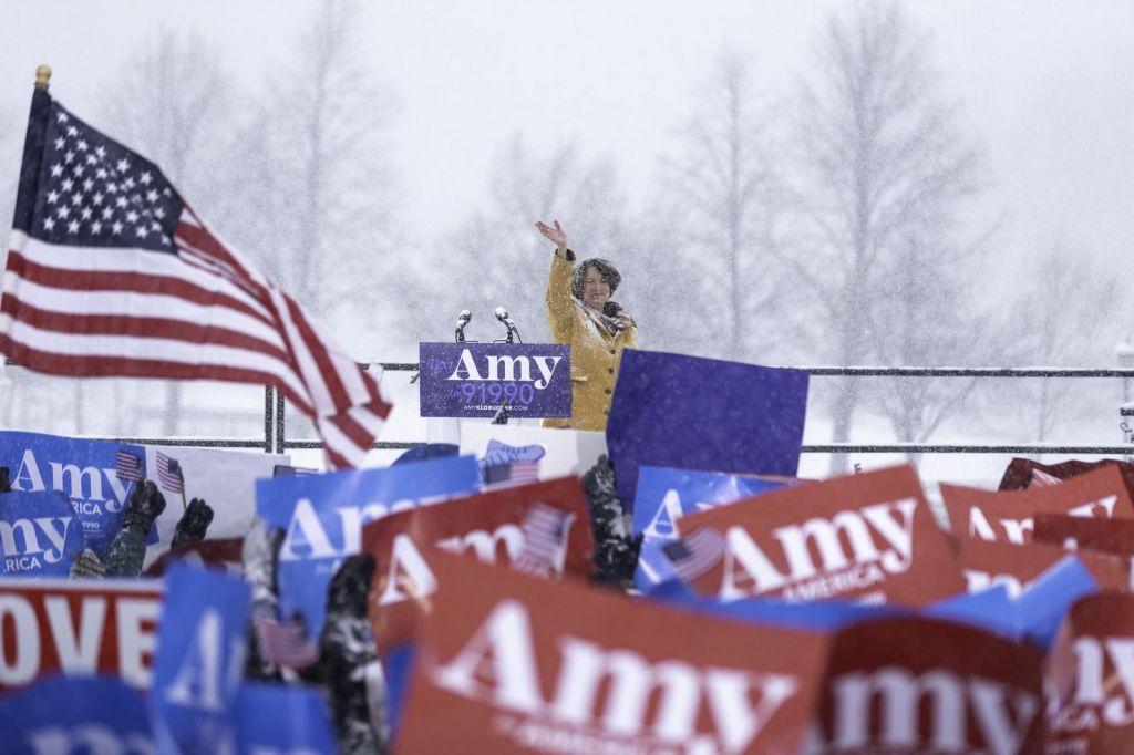 FOTO:Klobucharjeva se podaja v boj za predsedniški stolček