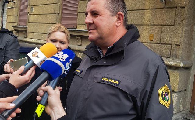 Robertu Mundi so policisti izrekli globo v višini 900 evrov ter 16 kazenskih točk. FOTO: Aleš Andlovič