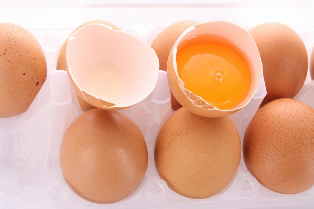 Slovenci so mojstri v iskanju dlake v jajcu