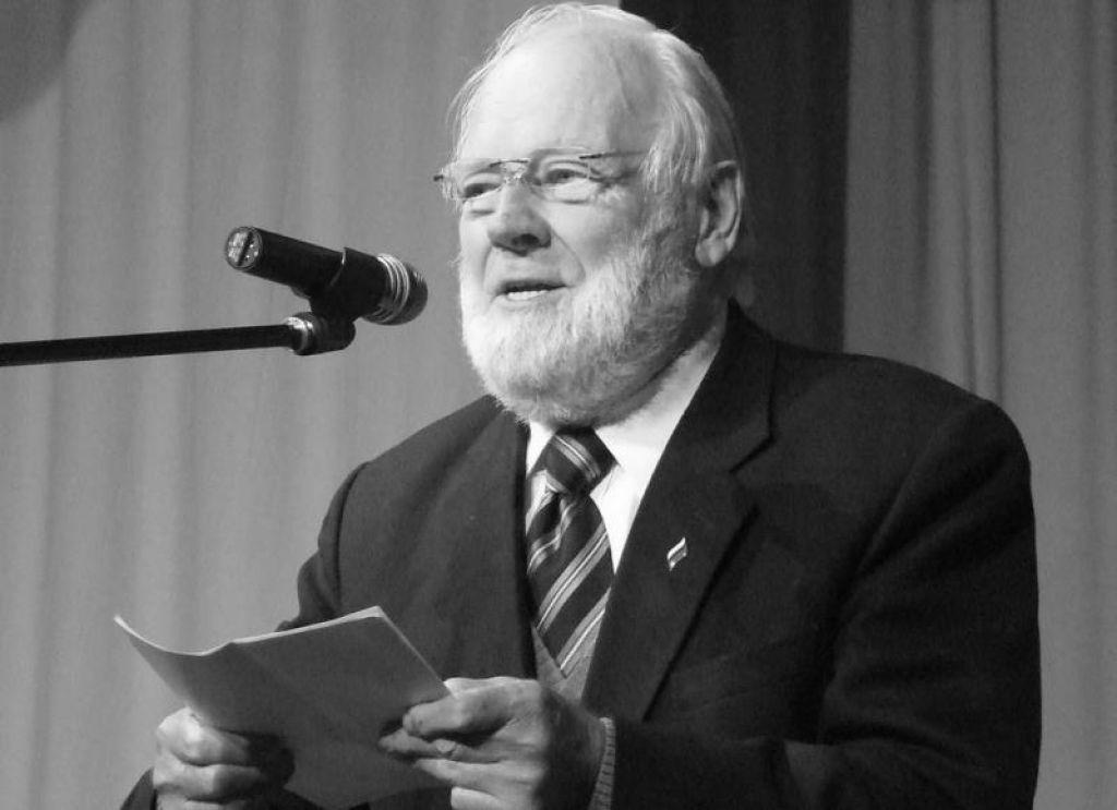 Umrl je Tomaž Pavšič, profesor, publicist, politik in velik domoljub
