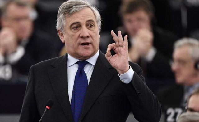 Tudi v njegovi politični skupini od tajanija zahtevajo jasno ograditev od njegovih izjav. FOTO. AFP