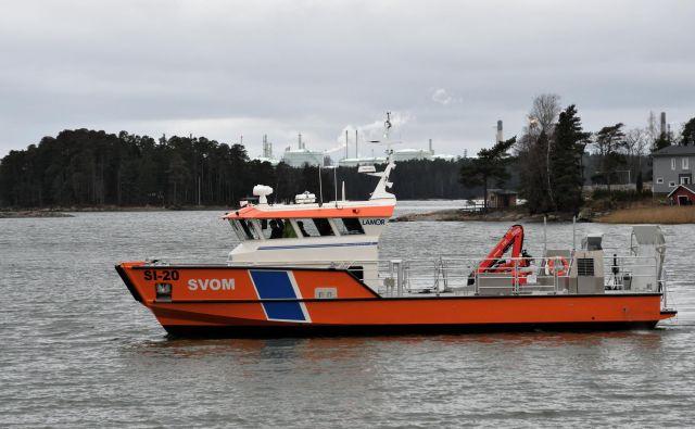 To je novo plovilo, ki bo skrbelo za čistejše morje. Foto Arhiv Uprava Rs Za Pomorstvo