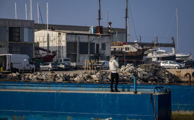 Heta Asset Ressolution, DUTB in Gorenjska banka prodajajo 180.000 kvardratnih metrov obalnega zemljišča v Izoli, kjer je predvidena izključno turistična dejavnost, potencialni vlagatelji pa bi gradili stanovanja. FOTO: Voranc Vogel/Delo