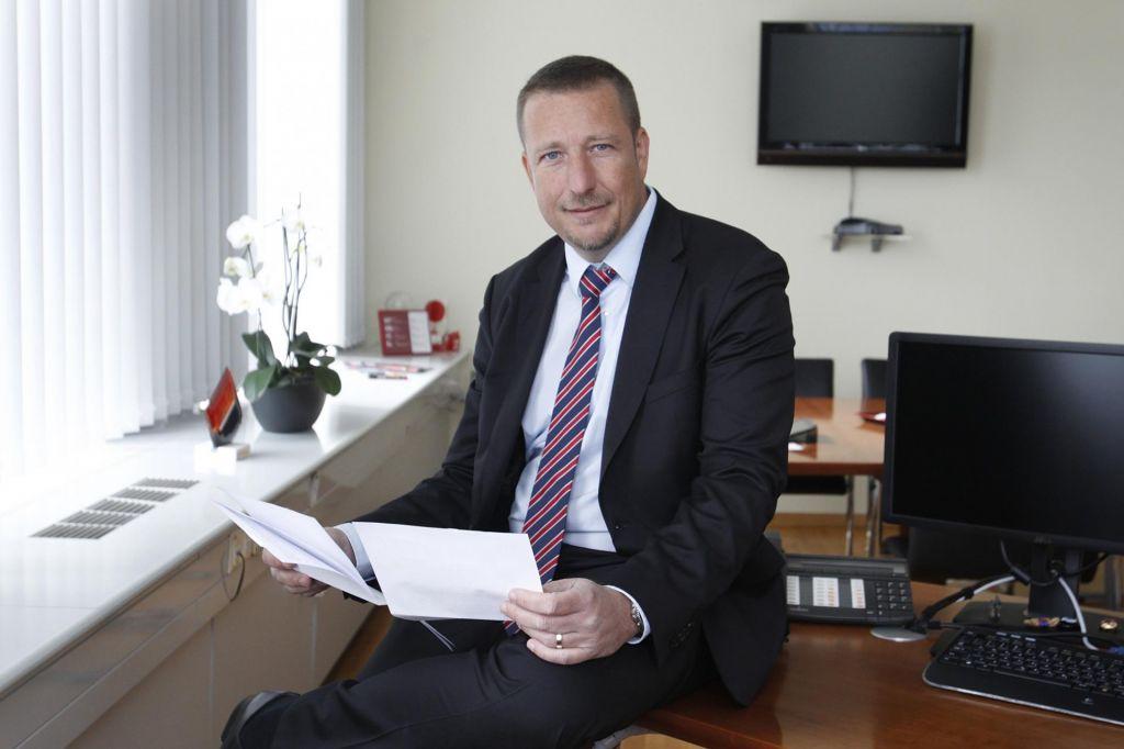 Izziv zavarovalnic v regiji so srednja in mala podjetja