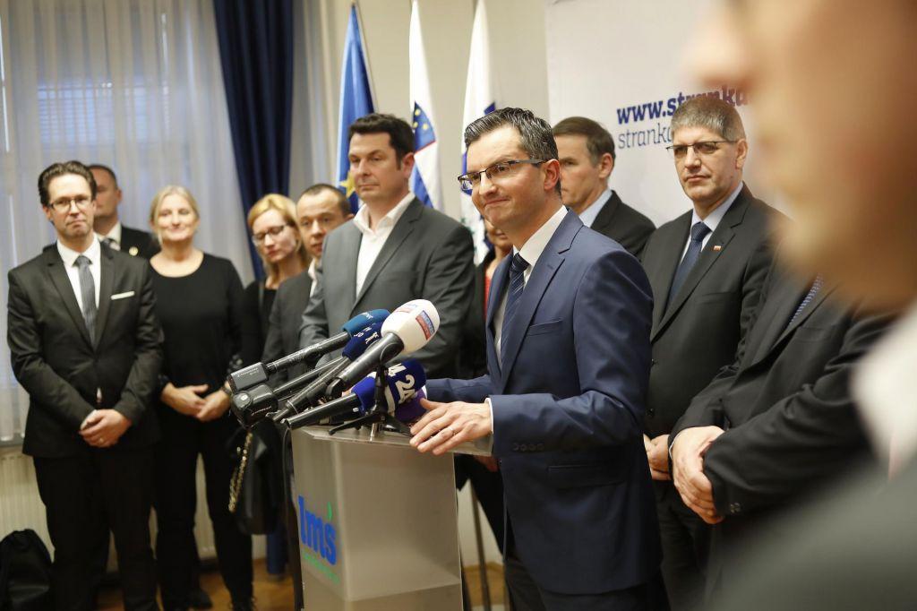 FOTO:S soliranjem na volitvah lahko ostanejo brez poslancev