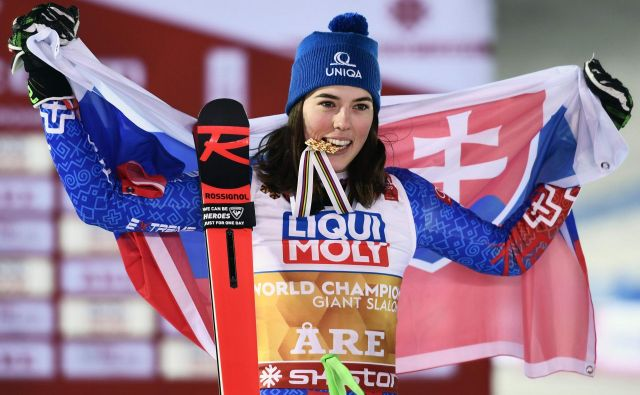 Petra Vlhova je prva Slovakinja z naslovom svetovne prvakinje v zgodovini alpskega smučanja. FOTO: AFP