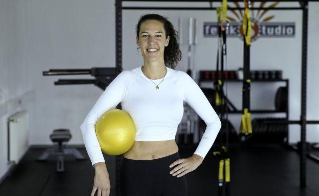 Nuša Gnezda, osebna trenerka, specializirana za vadbo (mladih) mamic. FOTO: Jože Suhadolnik