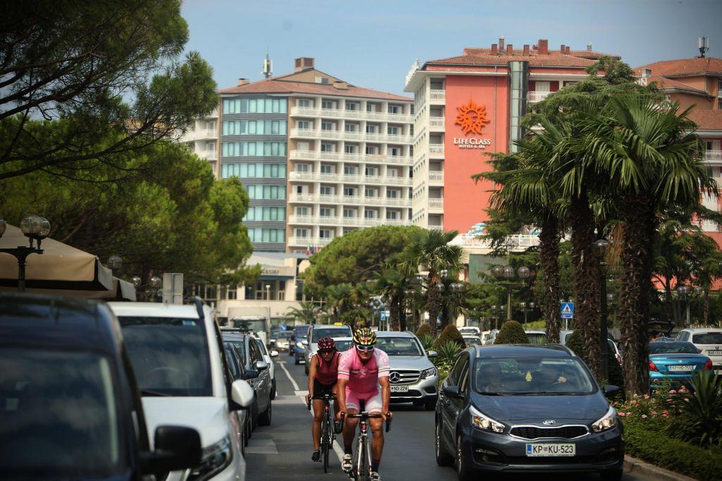 Vlada je DUTB naložila zaseg portoroških hotelov