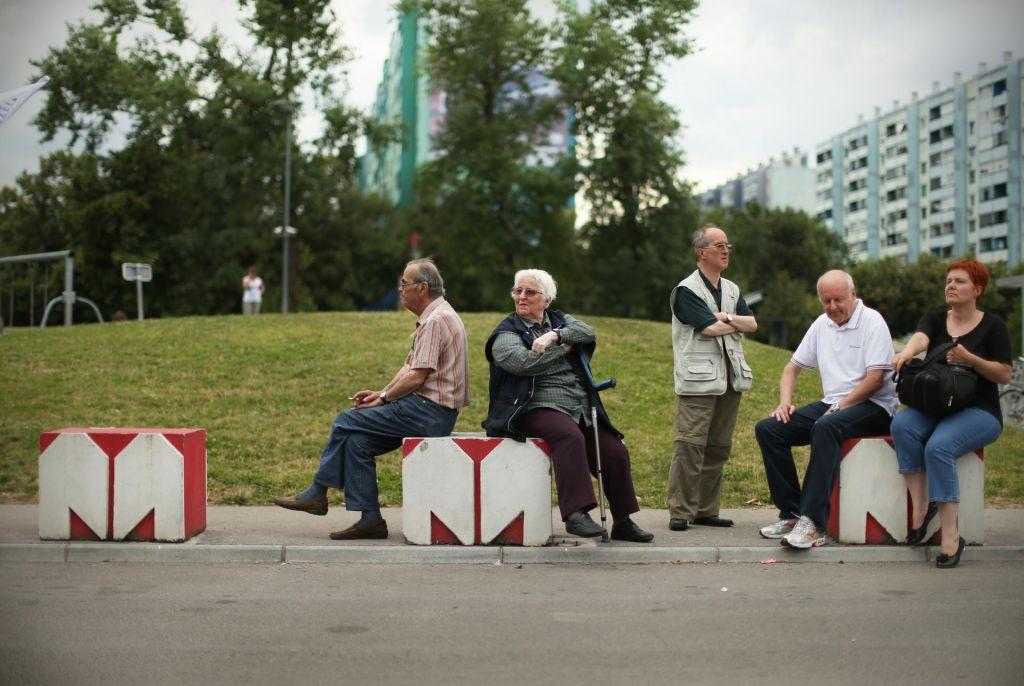 FOTO:Ali mora najboljši sosed res imeti slovenskega lastnika?