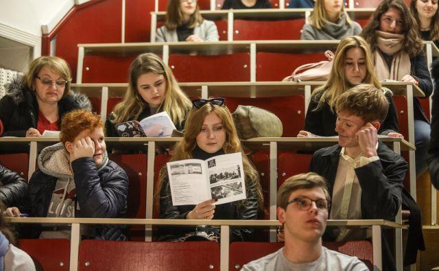 Informativni dan na filozofski fakultetii. FOTO: Voranc Vogel/Delo