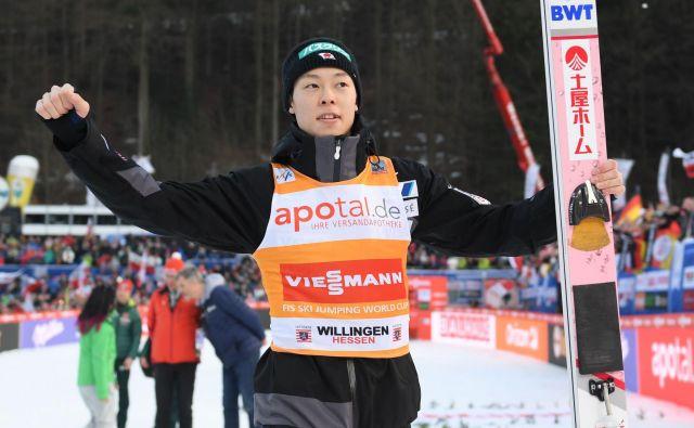 Rjoju Kobajaši se je razveselil enajste zmage v sezoni, zmagal pa je tudi v posebnem točkovanju Willingen 5, kar mu je prineslo dodatnih 25.000 evrov. FOTO: AFP