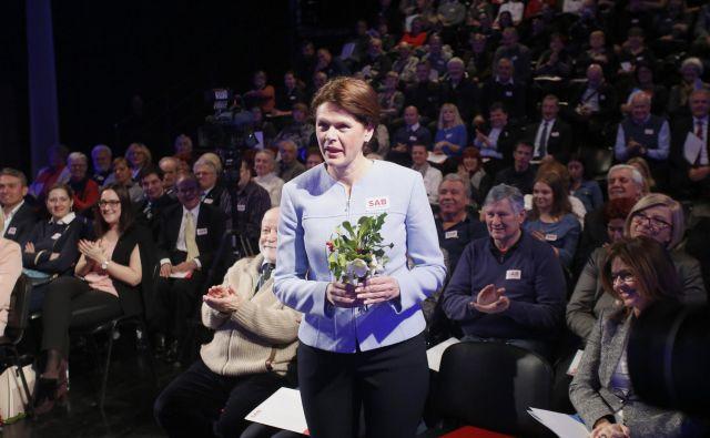 Alenka Bratušek je postala vnovična predsednica stranke brez konkurence. FOTO: Roman Šipić/Delo