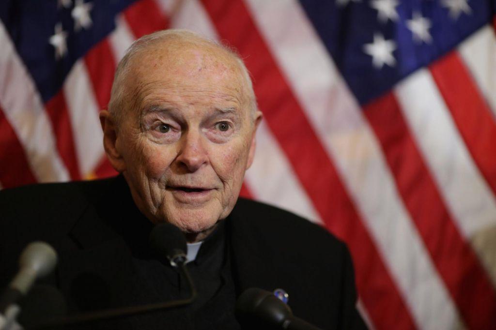 Frančišek nekdanjega kardinala Theodora McCarricka razrešil duhovniškega poklica