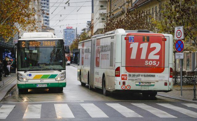 Enkratna vozovnica se bo z 1,20 podražila na 1,30 evrov. FOTO: Jože Suhadolnik/Delo