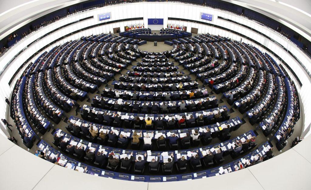 Zmerni politični potres v evropskem parlamentu