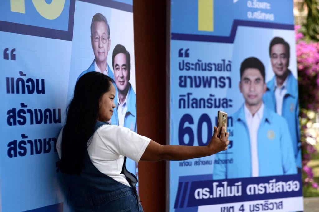 Nesrečno zaljubljeni Slovenec na Tajskem uničeval volilne plakate