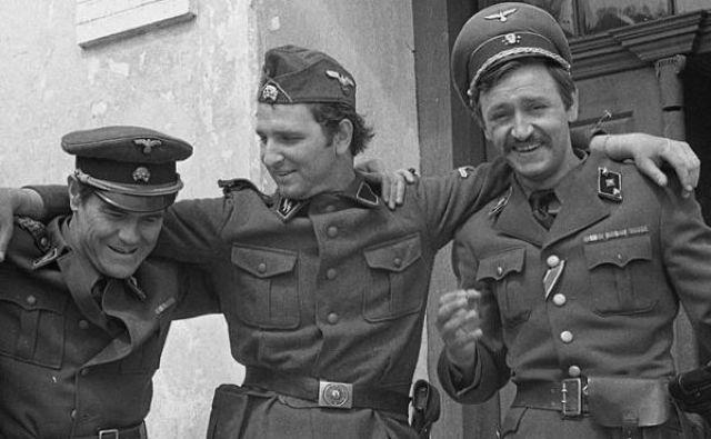 Snemanje televizijske nadaljevanke <em>Vos II</em> v letih 1970 in 1971 v Bistri, in sicer druge serije v režiji Franca Štiglica. Na posnetku z leve: Lojze Rozman, Iztok Jereb in Dare Valič.<br /> Foto: Edi Šelhaus